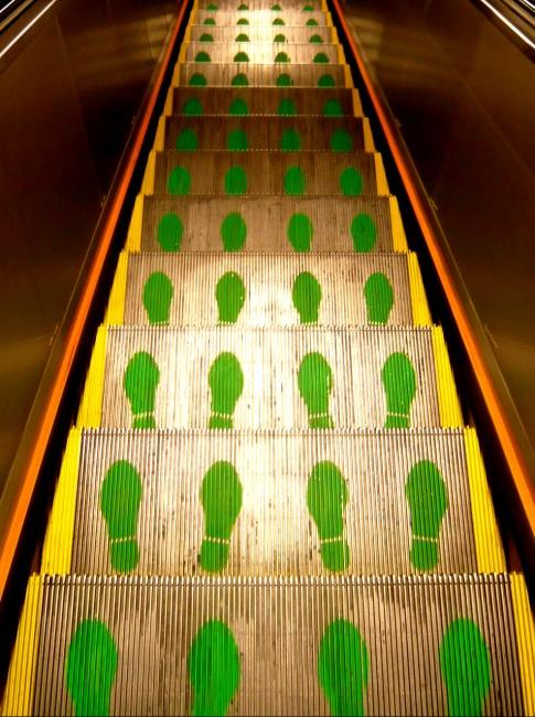 Hong-kong-escalator